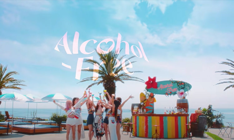TWICE invita a ONCE a una fiesta de verano en su MV teaser de Alcohol-Free
