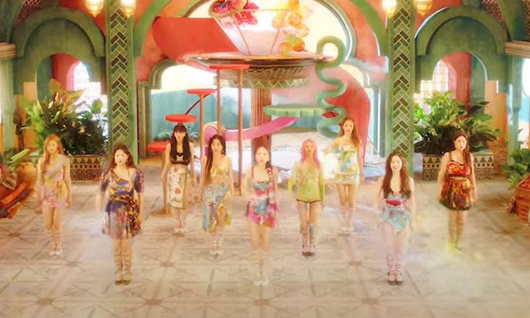 ONCE descubre como TWICE baila al ritmo del MV teaser de Alcohol-Free