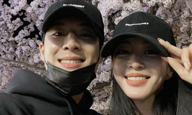 Dispatch afirma que el novio de la actriz Han Ye Seul, Ryu Sung Jae, solía ser un acompañante masculino