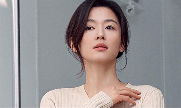 Conocidos cercanos de Jun Ji Hyun confirman que los rumores de divorcio son falsos