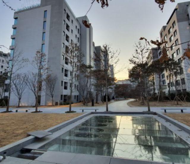 Conheça a casa onde vive o lindo ator Lee Jong Suk
