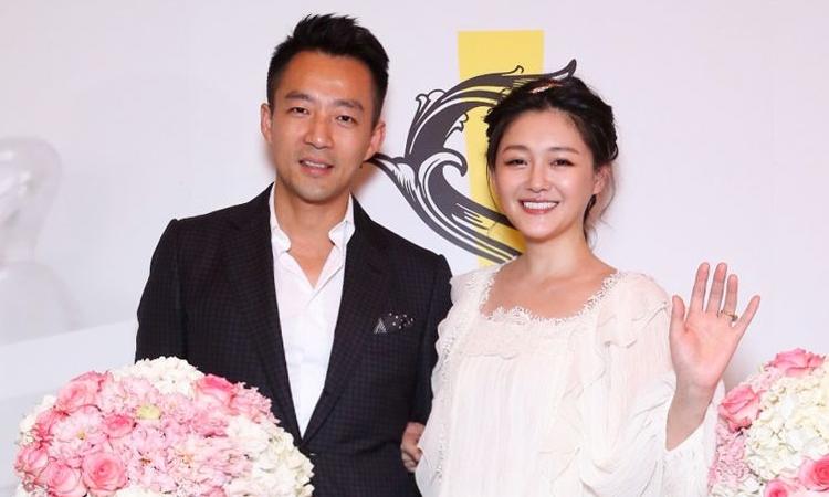 Actriz china Barbie Hsu anuncia su divorcio y su esposo no lo sabía
