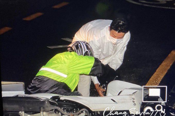 Donghae de Super Junior auxilia a un motociclista que cae en carretera