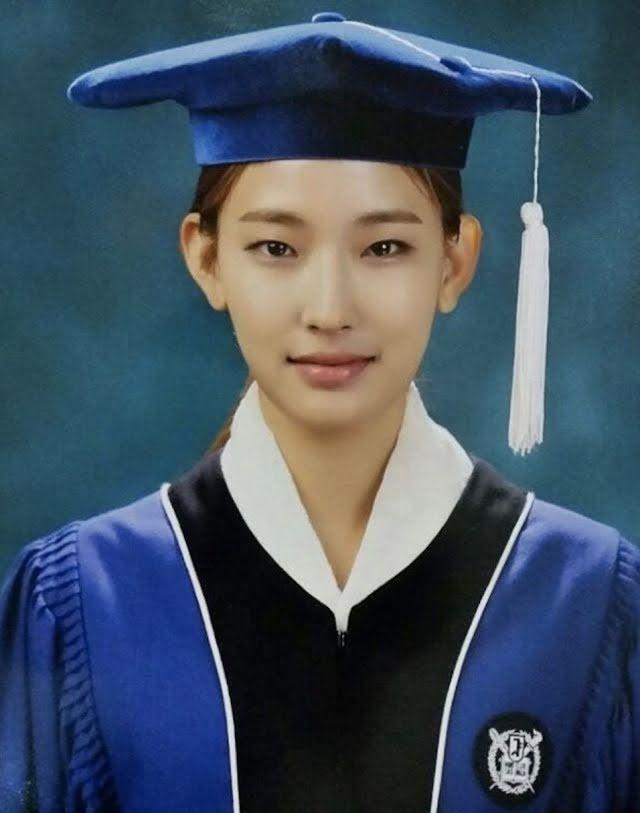 Conoce a la primera modelo de Victoria Secret que es graduada de la Universidad Nacional de Seúl Hwang Hyun Joo