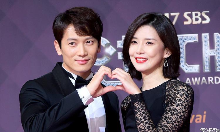 Ji Sung envía un camión de comida a su esposa Lee Bo Young en el set de 'Mine'