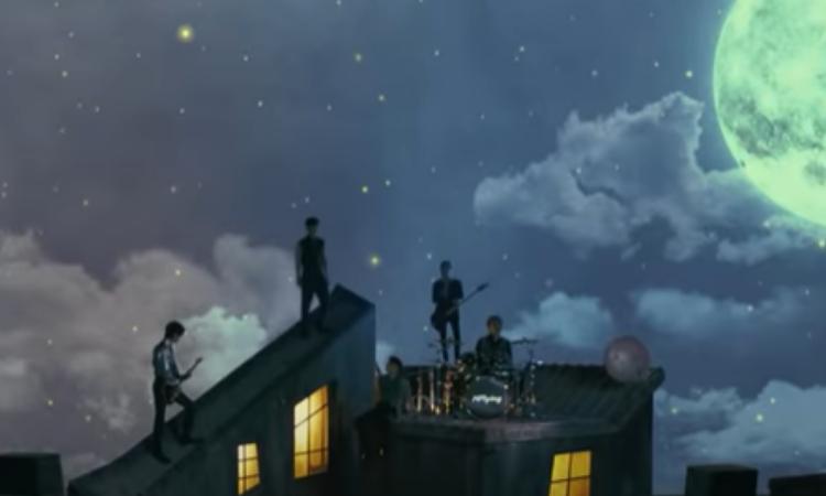 N.Flying toca bajo la luz de la luna en el vídeo teaser de 'Moonshot'