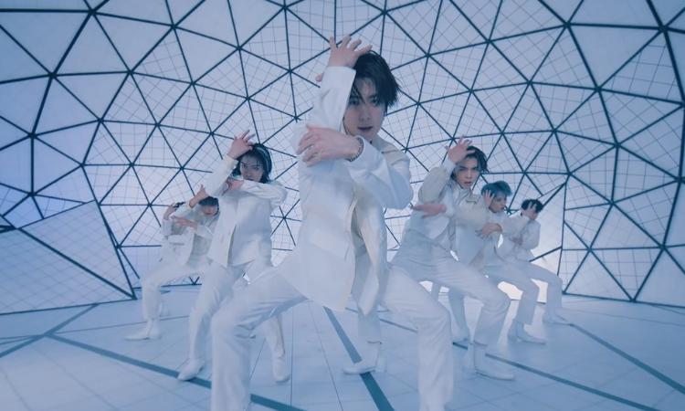 NCT 127 x Amoeba Culture presentan un estilo futurista en el MV de 'Save'