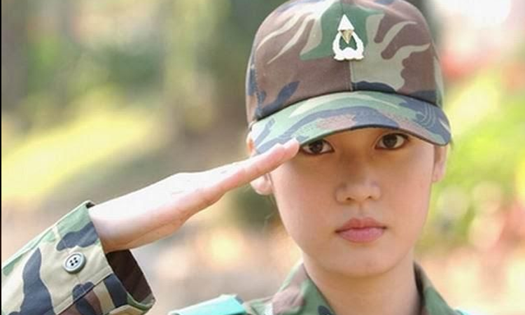 Oficina presidencial responde sobre petición de servicio militar obligatorio femenino
