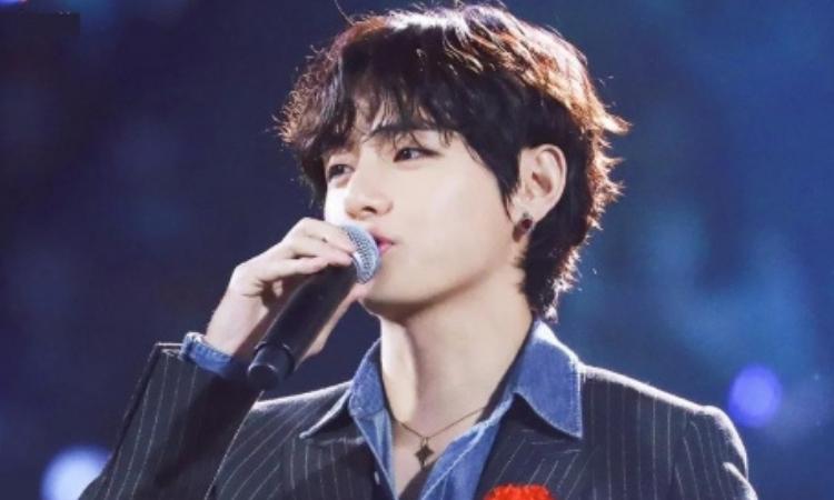 V de BTS confiesa que solía ser juzgado por la forma en que cantaba