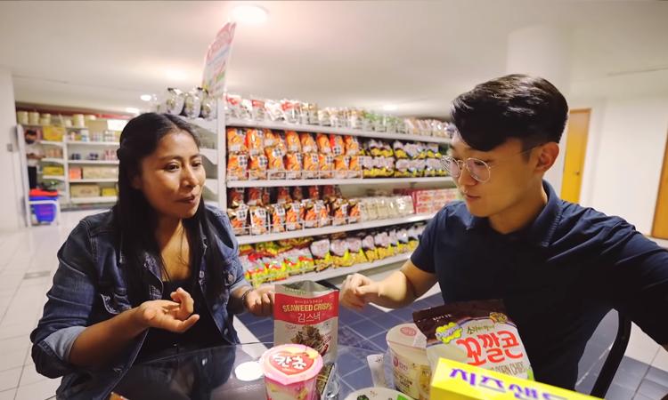 Esta fue la reacción de Yaritza Aparicio al probar comida coreana por primera vez