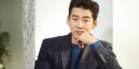 Yoon Kye Sang se dirige a sus fans luego de que su relación se hiciera pública