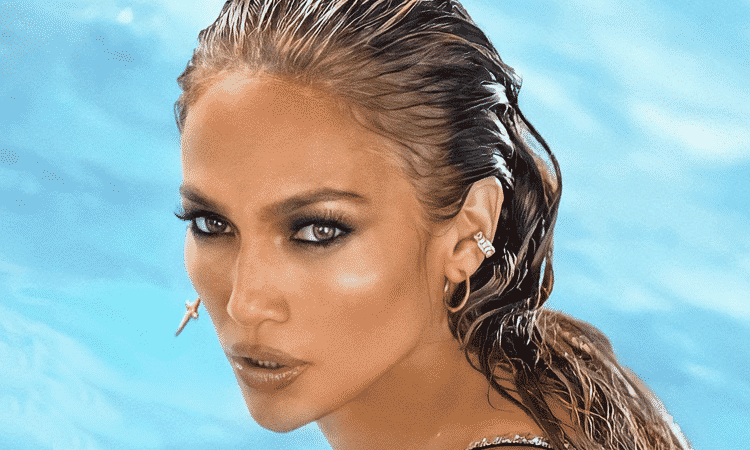 Jennifer López le da 'Me Gusta' a foto de Jimin de BTS y los fandoms enloquecen